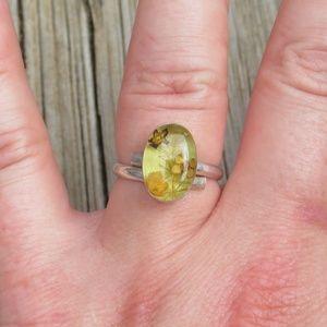 Vintage Jewelry - Vintage 1970s 925 Real Dried Flowers & Resin Ring